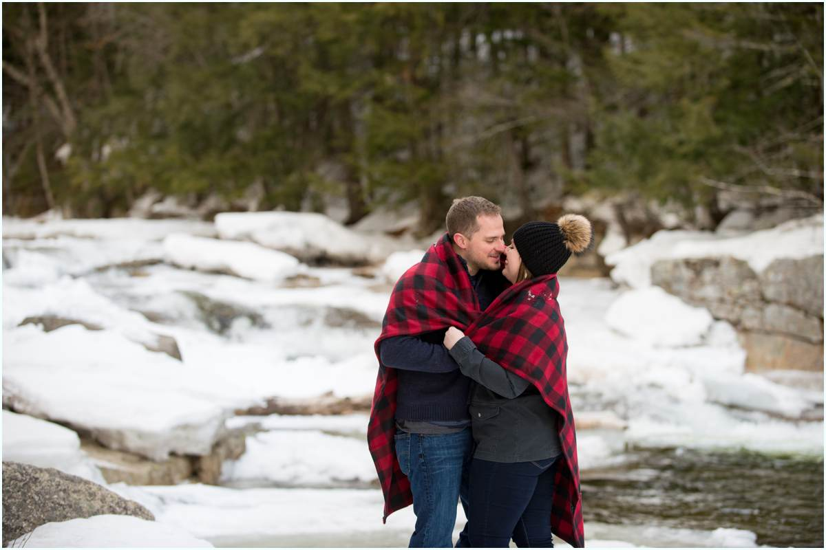 What to wear for winter engagement photos in New Hampshire