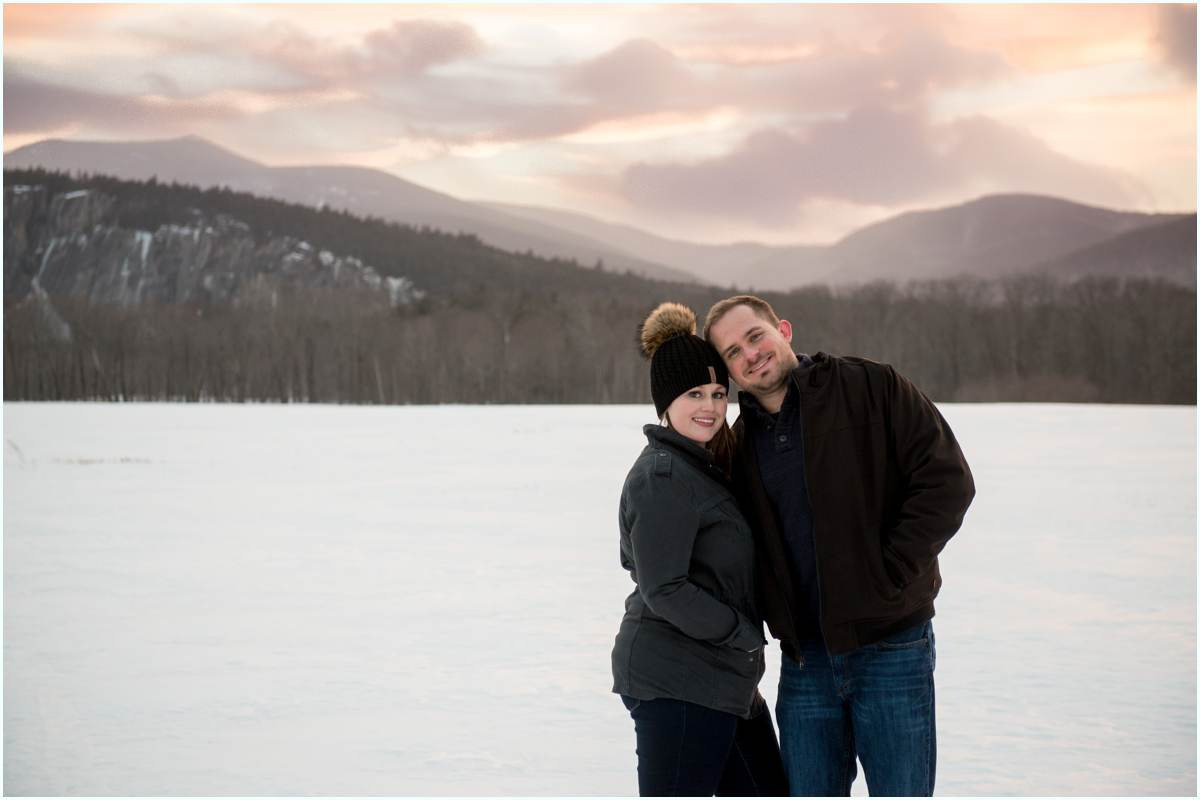 Adventurous couples in love in New Hampshire White Mountains