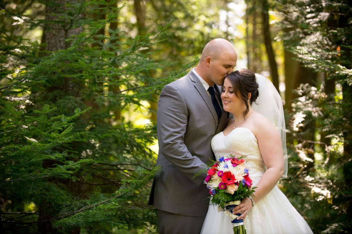 bride and groom photos in the woods