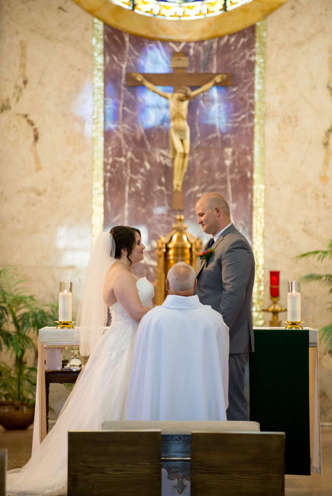 wedding photos in church